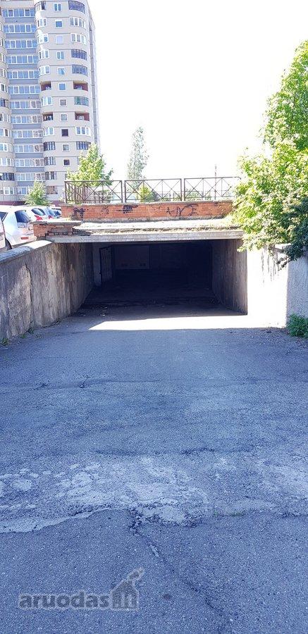 Parduodamas požeminis garažas K. Korsako 37 g