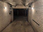 Garažas sausas. 2018 metų vasarą renovuotas